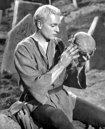 hamlet as a hero in the play hamlet Sarah siddons was the first actress known to play hamlet  critics found resonance between o'toole's hamlet and john osborne's hero, jimmy porter,.